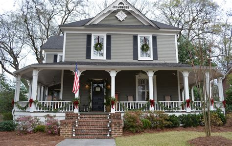 a tour of historic homes in marietta