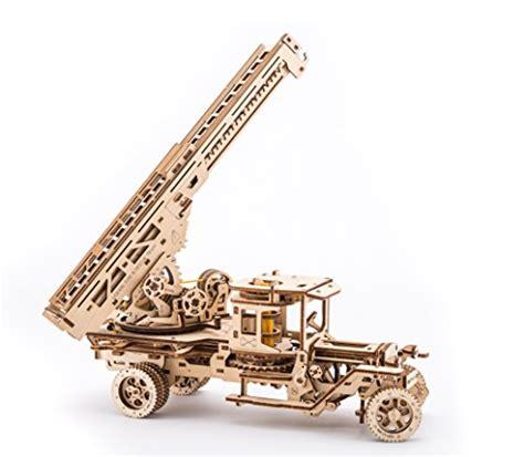 Mainan Edukatif 3d Puzzle Robotime Diy Construction Vehicle Classiccar ugears truck with ladder mechanical wooden model kit