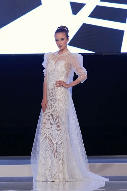 Ciri Baju Vintage inspirasi baju pengantin bergaya retro romantis gaun jogja