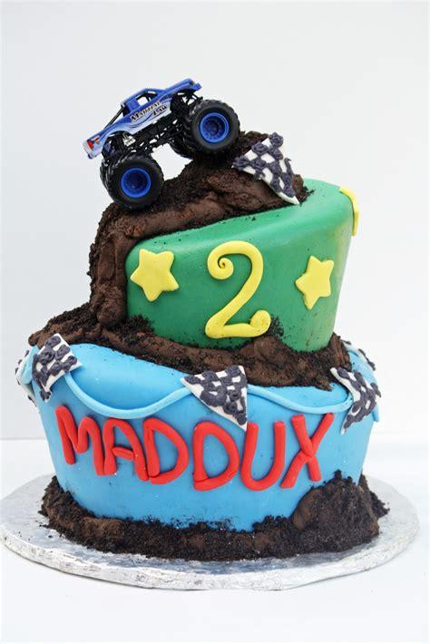 little monster truck videos monster truck cakes decoration ideas little birthday cakes