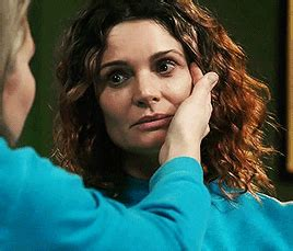 bea smith hair color wentworth not all those who wander are lost