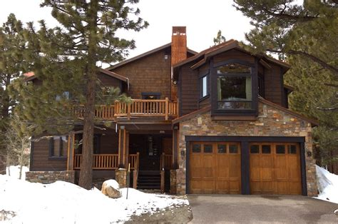 Cabins At Mammoth Lakes by Amazing Luxurious Home With Drop Dead Mountain Homeaway Mammoth Lakes Intended For Cabins In
