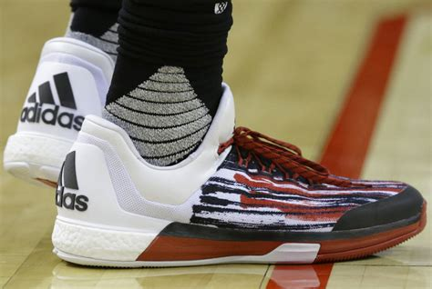 what basketball shoes does harden wear what basketball shoes does harden wear 28 images s