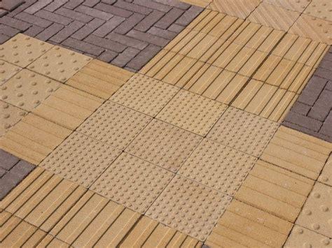 pavimenti tattili pavimento tattile in calcestruzzo trix by gruppo