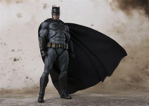Justice League Batman Telor bandai tamashii nations s h figuarts batman justice league from quot justice league quot bluefin brands