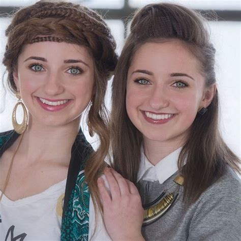 cute hairstyles brooklyn and bailey brooklyn and bailey mcknight this is their recent photo