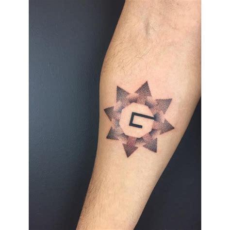 minimalist tattoo and meaning 125 inspiring minimalist tattoo designs subtle body