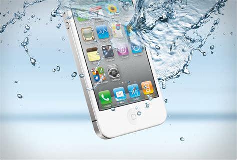 iphone bagnato non si accende danni causati dall acqua come salvare il tuo cellulare