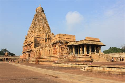 temple of ancient temples in india that everyone must visit once