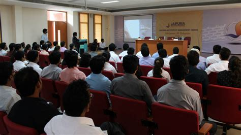Deloitte Consulting Mba by Deloitte Consulting Team Visits Jaipuria Indore For