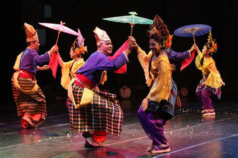 Malaysia Joget | b a t m a n malaysia traditional dance