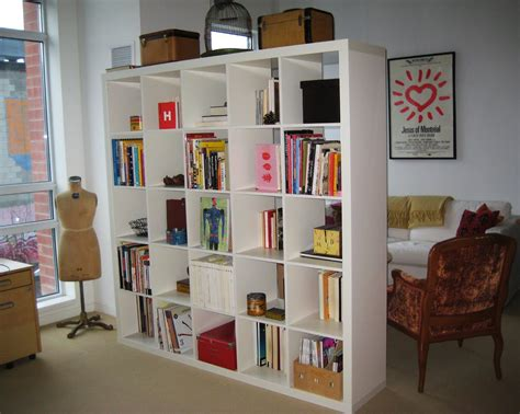 Bookshelves As Room Dividers Using Bookshelves As Room Dividers