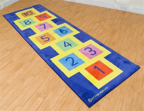Hop Scotch Mat by 25 Cool Toys You Can Make Yourself Page 4 Of 5