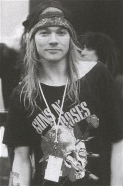 jennifer jason leigh play guitar 62 best images about guns n roses on pinterest