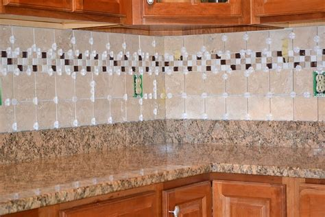 how to do backsplash tile in kitchen how to tile kitchen backsplash