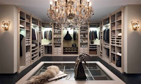 everything you should about walk in closets
