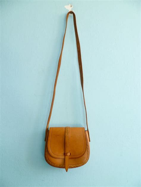 small purse vintage small leather purse caramel light brown shoulder bag st