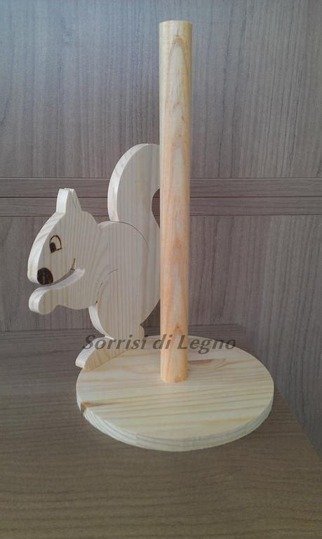 porta rotolo porta rotolo in legno naturale scoiattolo sorrisi di legno