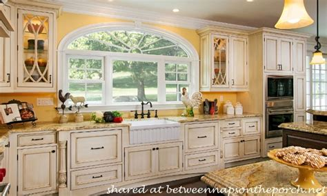 kitchen cabinets cottage style country kitchen paint colors yellow country