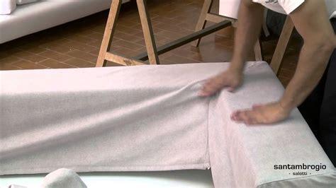come tappezzare un divano come si sfodera e si rimette la fodera di un divano sofa