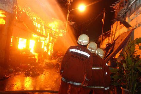 detiknews kebakaran hari ini kebakaran lagi 8 rumah di medan berita terkini indonesia