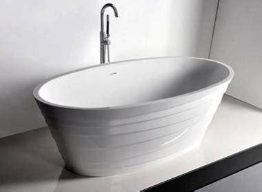 badewanne restposten palmera restposten badewanne aus steinguss wie corian in