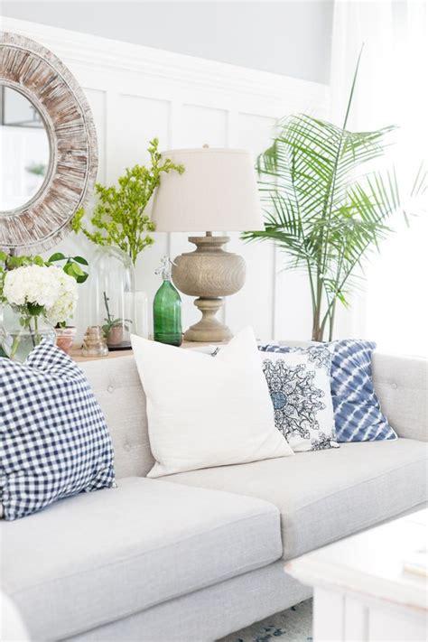 26 coastal living room ideas give your living room an awe 26 coastal living room ideas give your living area an awe