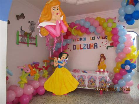 decoracion de fiesta de la princesa bella y la bestia decoracion princesas disney fiestas infantiles y