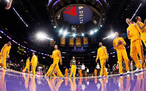 Robert Covington Bigman Mba Live Mobile by Lakers Warming Up Nbaimages