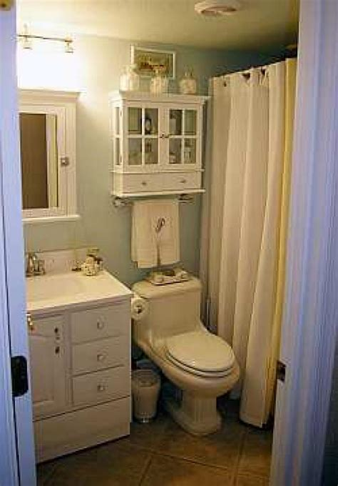 Ideas For Decorating A Bathroom Small Bathroom Decorating Ideas Dgmagnets