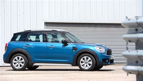 Mini D Cooper Countryman by Mini Cooper D Countryman Review Greencarguide Co Uk