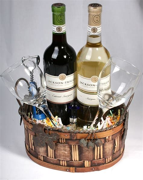 eight fun wine basket ideas for fundraising