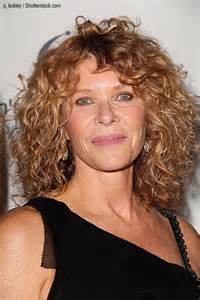 does kate capshaw naturally curly hair kate capshaw haircut 2015 newhairstylesformen2014 com