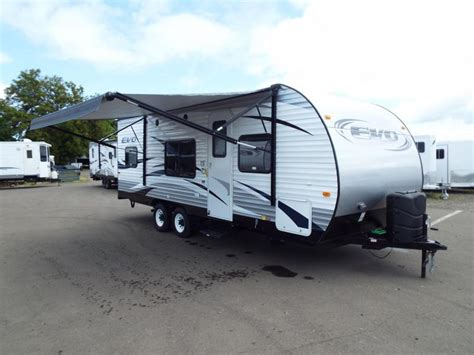 travel trailers bunk beds 2017 evo 2250 travel trailer walk on roof power