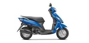 Suzuki 150cc Scooter Kmhouseindia Suzuki Unveils Let S Scooter And 150cc Bike