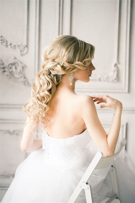wedding hairstyles half up half and to the side trubridal wedding 20 awesome half up half