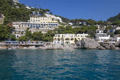 boat tour naples boat tour from naples to capri from naples 2019