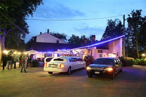 noleggio limousine pavia affitto noleggio limousine auto per matrimonio cerimonie a