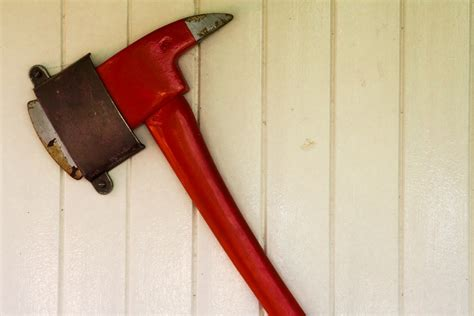 axe swing nsw swings axe on troubled shared services government news