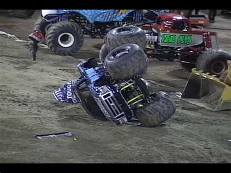 monster trucks crashing videos monster truck crashes youtube
