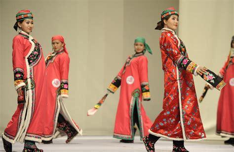 festival de trajes tipicos mongoles lifestyle de