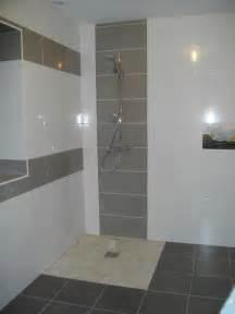 fantaisie carrelage salle de bain avec mosaique salle de