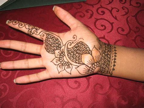 henna design for palm henna on palm and wrist henna pinterest
