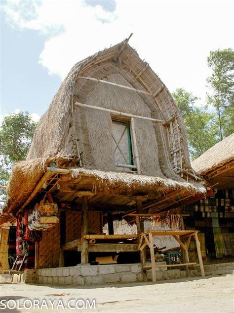mengenal lebih  rumah adat suku sasak lombok