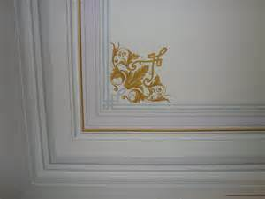 decorare soffitto un soffitto classico cugini decorazione