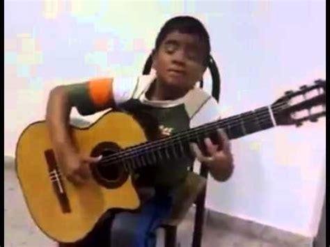 cara bermain gitar sungha jung budak kecik main gitar lagu titanic mengalahkan sungha