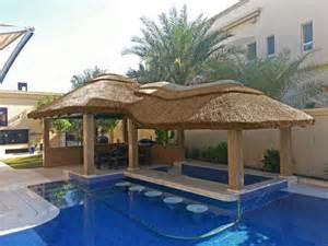gaz 233 bo et abri soleil des id 233 es pour jardin avec piscine