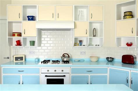 Retro Kitchen Designs Retro Kitchen Appliances Modern Retro Kitchen Table And Chairs Kitchen