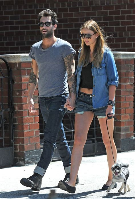 adam levine tattoo anne removed adam levine and v photos photos adam levine and