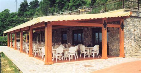 gazebi in legno per terrazzi gazebo in legno lamellare per terrazzi profilati alluminio